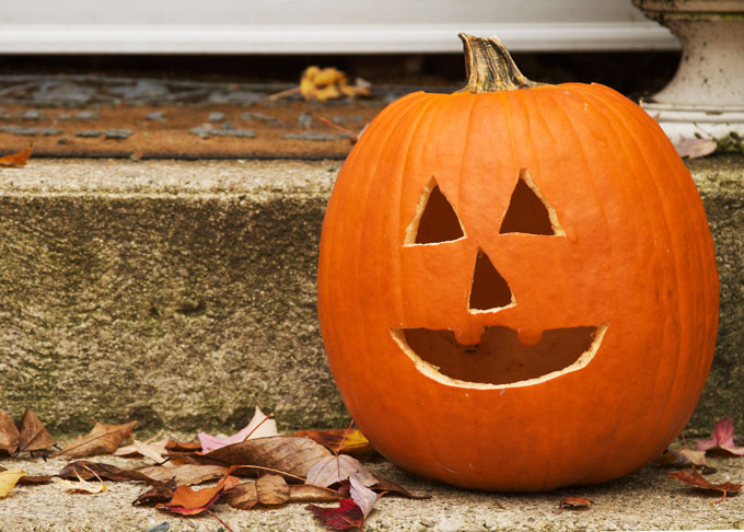 Jack-o'-lanterns: an unmistakable sign of Halloween.